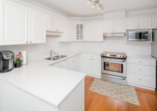 """Photo 9: 332 5735 HAMPTON Place in Vancouver: University VW Condo for sale in """"THE BRISTOL"""" (Vancouver West)  : MLS®# R2212569"""