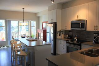 """Photo 6: 38332 EAGLEWIND Boulevard in Squamish: Downtown SQ Townhouse for sale in """"Eaglewind"""" : MLS®# R2005164"""
