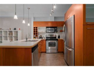 Photo 4: 115 3600 15A Street SW in Calgary: Altadore_River Park Condo for sale : MLS®# C4034020