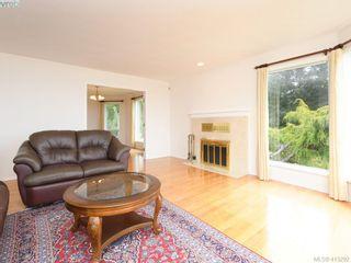 Photo 4: 4690 Bramble Crt in VICTORIA: SE Broadmead House for sale (Saanich East)  : MLS®# 819557