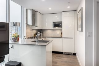 """Photo 4: 2002 1283 HOWE Street in Vancouver: Downtown VW Condo for sale in """"Tate Downtown"""" (Vancouver West)  : MLS®# R2562552"""