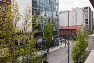 """Photo 32: 2607 438 SEYMOUR Street in Vancouver: Downtown VW Condo for sale in """"Conference Plaza"""" (Vancouver West)  : MLS®# R2574733"""