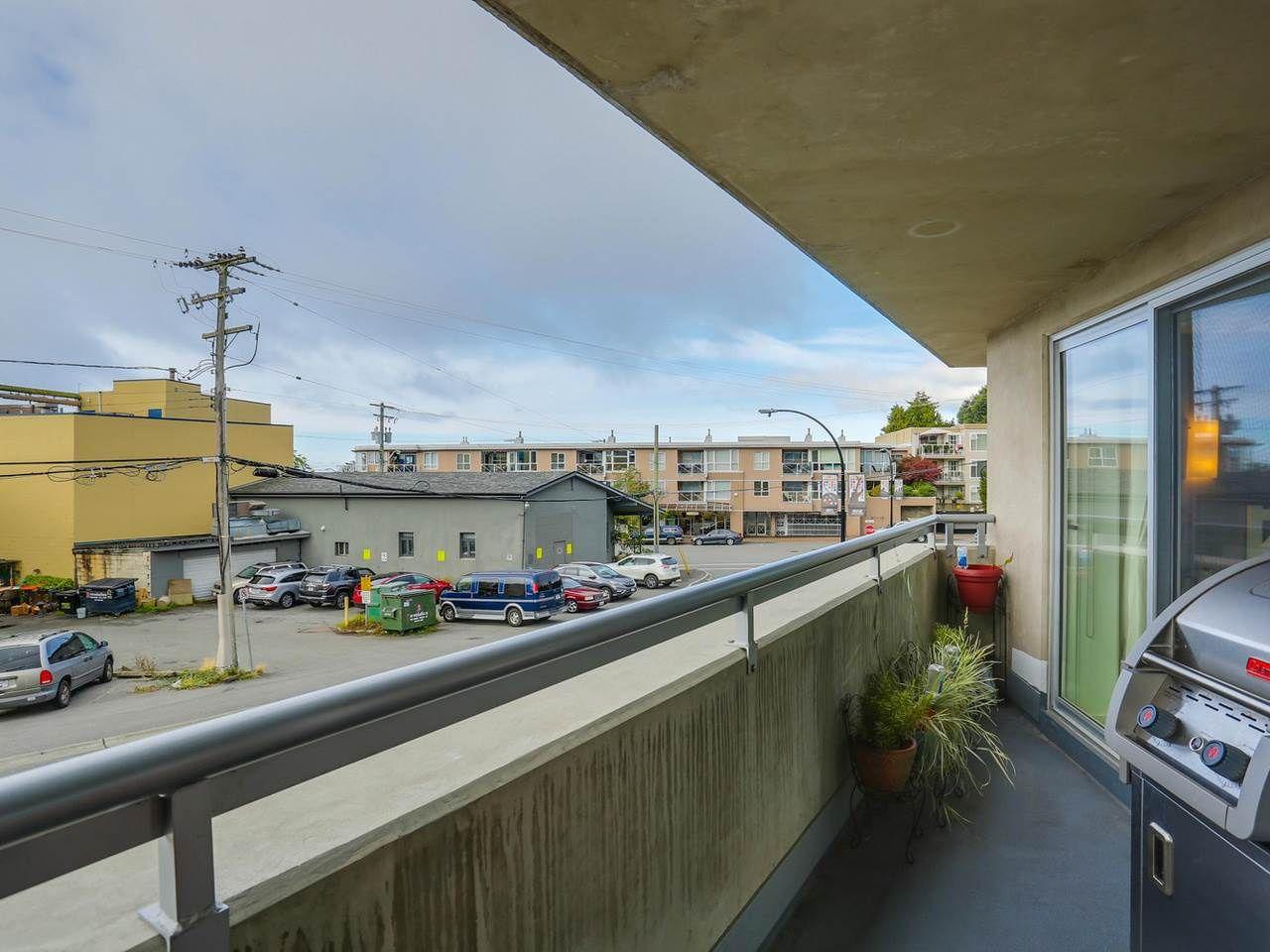 "Photo 14: Photos: 202 14955 VICTORIA Avenue: White Rock Condo for sale in ""SAUSALITO BEACH SIDE LIVING"" (South Surrey White Rock)  : MLS®# R2128764"