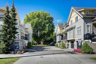 """Photo 1: 12 7171 STEVESTON Highway in Richmond: Broadmoor Townhouse for sale in """"Cassis"""" : MLS®# R2596628"""