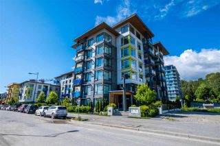 """Photo 2: 100 3289 RIVERWALK Avenue in Vancouver: South Marine Condo for sale in """"R & R"""" (Vancouver East)  : MLS®# R2470251"""