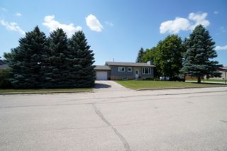Photo 38: 40 Brown Bay in Portage la Prairie: House for sale : MLS®# 202116386