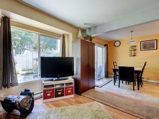 Photo 4: 17 3993 Columbine Way in : SW Tillicum Row/Townhouse for sale (Saanich West)  : MLS®# 879069