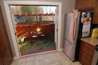 Photo 2: 1785 Rufus Drive in North Vancouver: Lynn Valley 1/2 Duplex for sale : MLS®# v690998