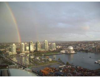 Photo 1: # 2005 120 MILROSS AV in Vancouver: Condo for sale : MLS®# V823178