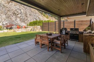 """Photo 28: 2211 CRUMPIT WOODS Drive in Squamish: Valleycliffe House for sale in """"Crumpit Woods"""" : MLS®# R2494676"""