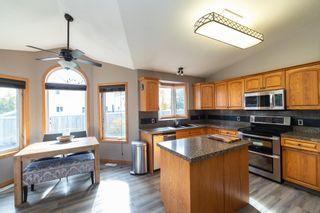 Photo 4: 20 SIMONETTE Crescent: Devon House for sale : MLS®# E4264786