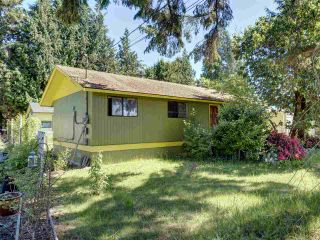 Photo 3: 4432 STALASHEN Drive in Sechelt: Sechelt District House for sale (Sunshine Coast)  : MLS®# R2460017
