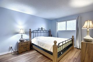Photo 13: 823 Ranchview Circle NW in Calgary: Ranchlands Detached for sale : MLS®# A1060313