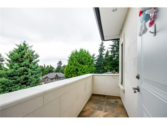 Photo 16: Photos: 4791 CLINTON ST in Burnaby: South Slope House for sale (Burnaby South)  : MLS®# V1084047