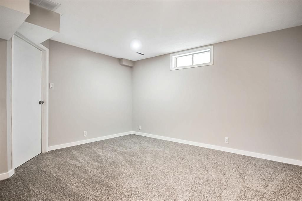 Photo 27: Photos: 2621C 1 Avenue NW in Calgary: West Hillhurst Row/Townhouse for sale : MLS®# A1111551