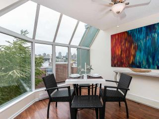 """Photo 2: 502 1508 MARINER Walk in Vancouver: False Creek Condo for sale in """"MARINER POINT"""" (Vancouver West)  : MLS®# R2526484"""
