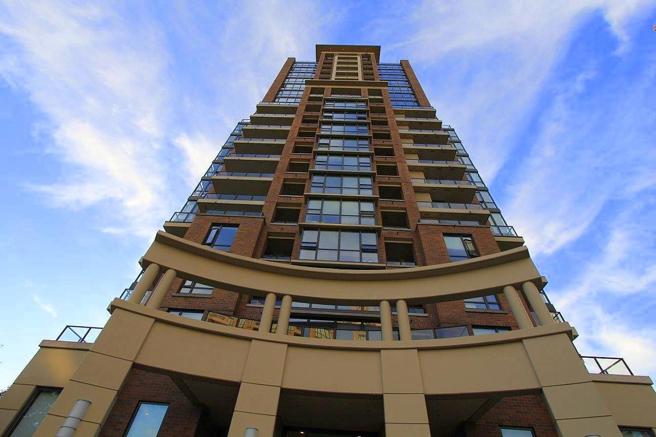 Main Photo: 805 6823 STATION HILL DRIVE in Burnaby: South Slope Condo for sale (Burnaby South)  : MLS®# R2183566