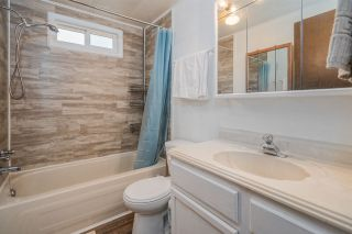 """Photo 17: 24 8254 134 Street in Surrey: Queen Mary Park Surrey Manufactured Home for sale in """"WESTWOOD ESTATES"""" : MLS®# R2508251"""