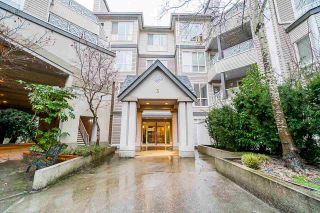 """Photo 3: 332 9979 140 Street in Surrey: Whalley Condo for sale in """"SHERWOOD GREEN"""" (North Surrey)  : MLS®# R2532582"""
