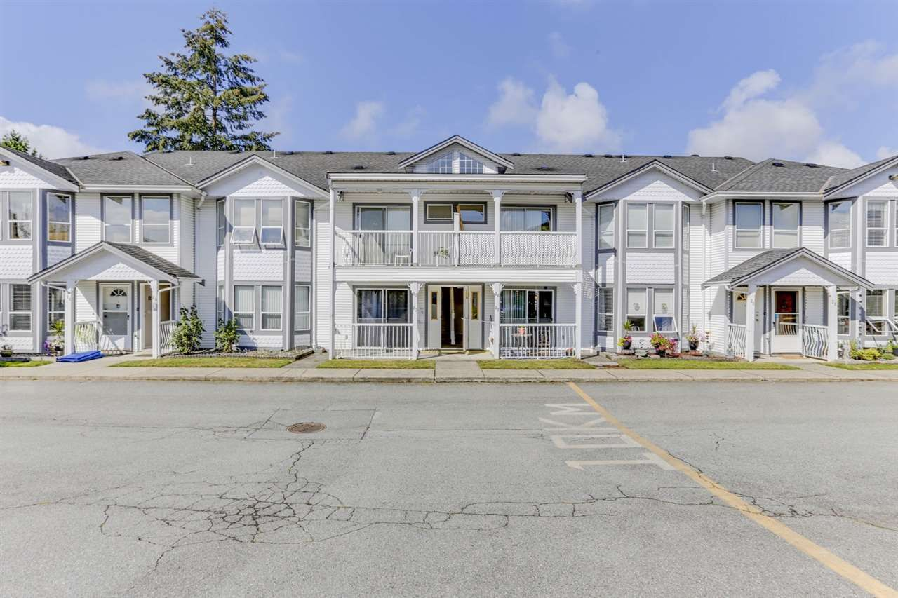 "Main Photo: 27 20554 118 Avenue in Maple Ridge: Southwest Maple Ridge Townhouse for sale in ""Colonial West"" : MLS®# R2490140"
