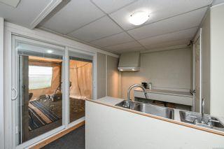 Photo 30: 2106 McKenzie Ave in : CV Comox (Town of) Full Duplex for sale (Comox Valley)  : MLS®# 874890