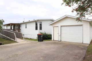 Photo 1: 4822 46 Street: Thorsby House for sale : MLS®# E4261081