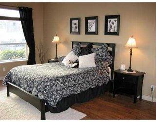 """Photo 2: 113 12911 RAILWAY Avenue in Richmond: Steveston South Condo for sale in """"BRITTANIA"""" : MLS®# V657596"""
