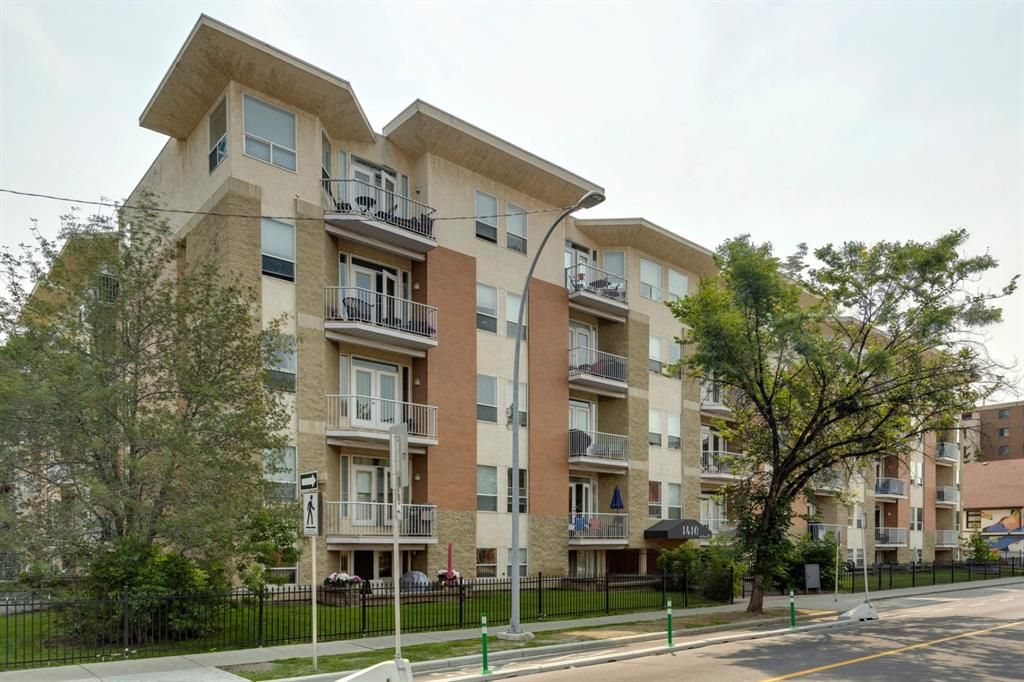 Main Photo: 211 1410 2 Street SW in Calgary: Beltline Apartment for sale : MLS®# A1133947