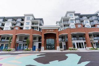 """Photo 1: 4501 2180 KELLY Avenue in Port Coquitlam: Central Pt Coquitlam Condo for sale in """"Montrose Square"""" : MLS®# R2615326"""