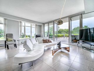 "Photo 6: 305 6093 IONA Drive in Vancouver: University VW Condo for sale in ""Coast"" (Vancouver West)  : MLS®# R2489520"
