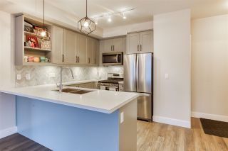 Photo 14: 302 14605 MCDOUGALL Drive in White Rock: King George Corridor Condo for sale (South Surrey White Rock)  : MLS®# R2476304