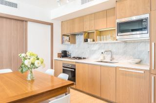 """Photo 4: 1502 68 SMITHE Street in Vancouver: Downtown VW Condo for sale in """"ONE PACIFIC"""" (Vancouver West)  : MLS®# R2550414"""