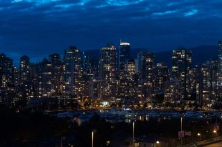 """Photo 7: 1110 445 W 2ND Avenue in Vancouver: False Creek Condo for sale in """"MAYNARDS BLOCK"""" (Vancouver West)  : MLS®# R2541990"""