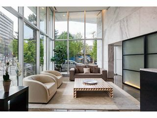 """Photo 14: 1908 161 W GEORGIA Street in Vancouver: Downtown VW Condo for sale in """"COSMO"""" (Vancouver West)  : MLS®# R2048438"""