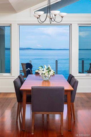 Photo 11: 2940 Mt. Baker View Rd in Saanich: SE Ten Mile Point House for sale (Saanich East)  : MLS®# 844062