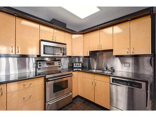 """Photo 7: 1502 1177 PACIFIC Boulevard in Vancouver: Yaletown Condo for sale in """"PACIFIC PLAZA"""" (Vancouver West)  : MLS®# V1122980"""