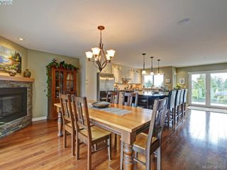 Photo 5: 4902 Alamida Cres in VICTORIA: SE Cordova Bay House for sale (Saanich East)  : MLS®# 763407