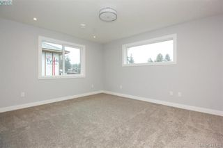 Photo 20: 1037 Sandalwood Crt in VICTORIA: La Luxton House for sale (Langford)  : MLS®# 827604