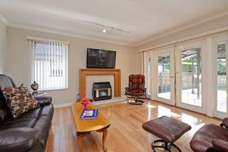 Photo 8: 12455 205 STREET in Maple Ridge: Northwest Maple Ridge House for sale : MLS®# R2238685