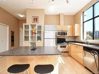 Photo 3: 203 829 Goldstream Ave in VICTORIA: La Langford Proper Condo for sale (Langford)  : MLS®# 821058