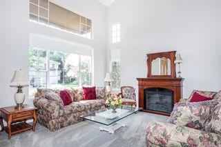 Photo 2: OCEANSIDE House for sale : 4 bedrooms : 4864 Glenhollow Cir