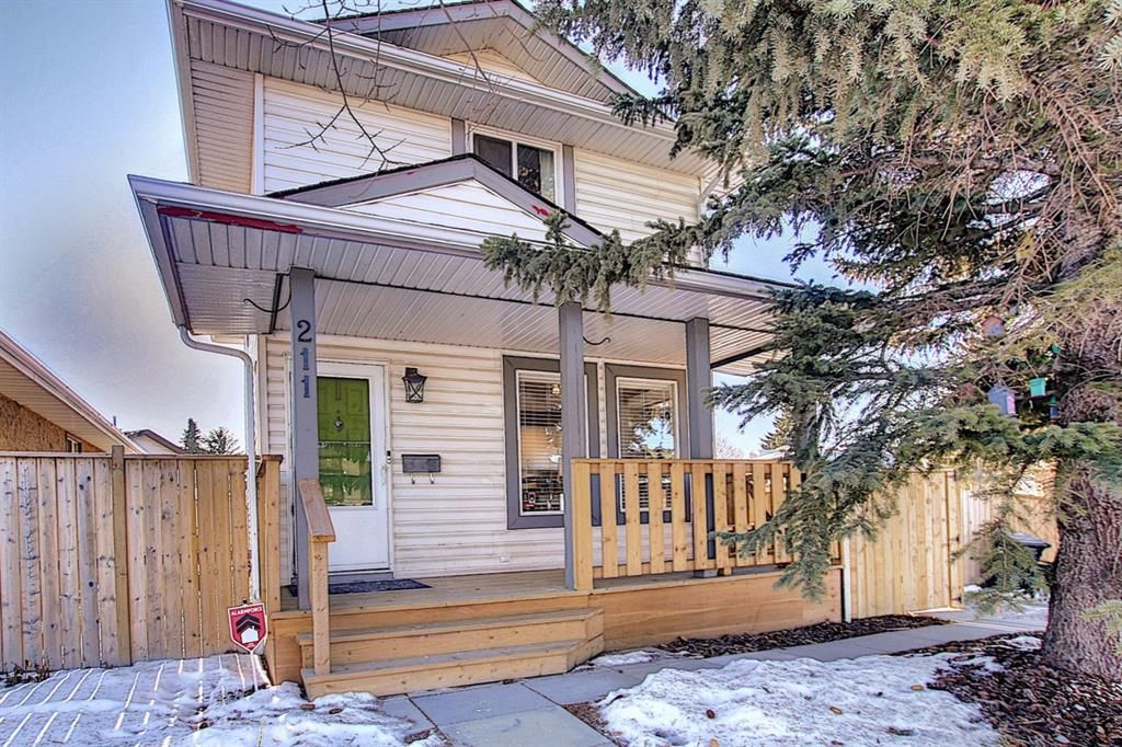 Main Photo: 211 Doverglen Crescent SE in Calgary: Dover Detached for sale : MLS®# A1060305