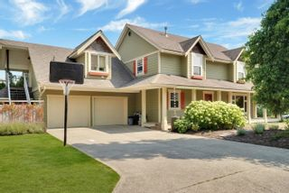 Photo 1: 31692 AMBERPOINT Place in Abbotsford: Abbotsford West House for sale : MLS®# R2609970