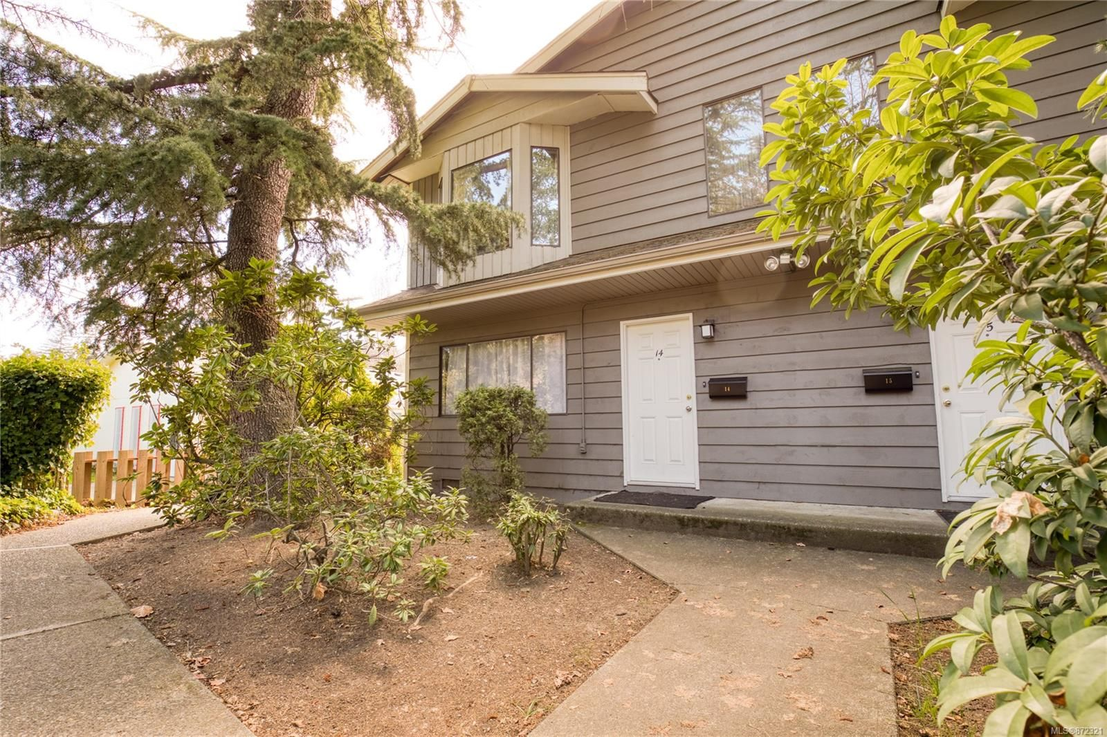Main Photo: 14 211 Buttertubs Pl in : Na Central Nanaimo Row/Townhouse for sale (Nanaimo)  : MLS®# 872321