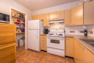 """Photo 9: 206 8495 JELLICOE Street in Vancouver: Fraserview VE Condo for sale in """"RIVERGATE"""" (Vancouver East)  : MLS®# R2072919"""