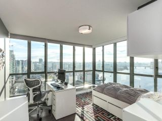 Photo 3: 1506 1088 QUEBEC Street in Vancouver: Mount Pleasant VE Condo for sale (Vancouver East)  : MLS®# R2231887