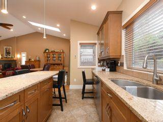 Photo 13: 6830 East Saanich Rd in : CS Saanichton House for sale (Central Saanich)  : MLS®# 873148