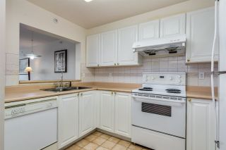 """Photo 11: 1006 3070 GUILDFORD Way in Coquitlam: North Coquitlam Condo for sale in """"LAKESIDE TERRACE"""" : MLS®# R2544997"""