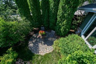 Photo 3: 9208 69 Street in Edmonton: Zone 18 House for sale : MLS®# E4253580
