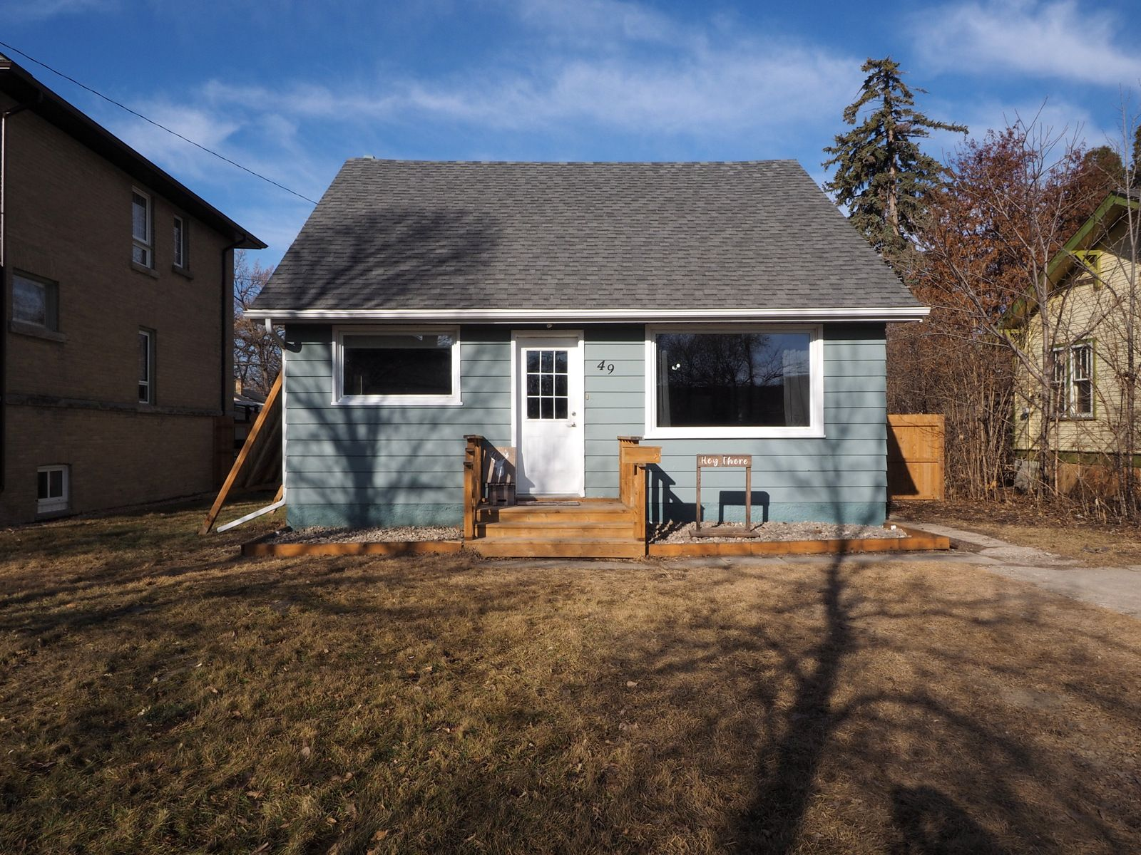 Main Photo: 49 Strathcona Road in Portage la Prairie: House for sale : MLS®# 202105536